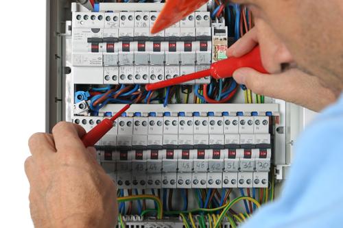 Vente immo et diagnostic électricité ; qui paie les travaux ?